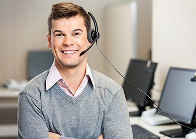 Medical Answering Service Man with Headset | TeleMed Inc.