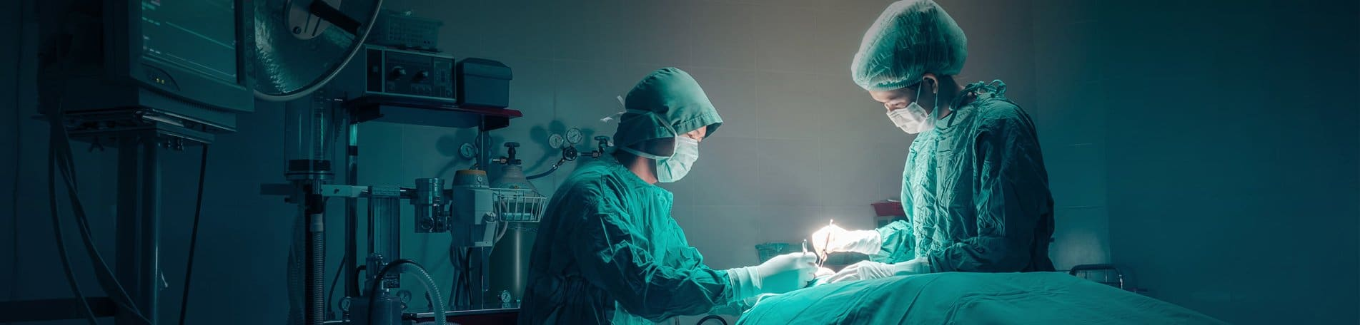 Surgeons in Operating Room | TeleMed Inc.